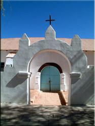 De koloniale kerk in San Pedro, één van de grootste en mooiste van het Grote Noorden. De kerk is werkelijk een plaatje en dateert uit 1745.