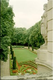 Eén blik in het park van Echternach. Een leuke stad met een aantal bezienswaardigheden die echt de moeite zijn. Een stadswandeling is een aanrader.