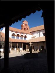 Potosi kent schitterende stukjes koloniale architectuur. Waaronder het Casa Real de la Moneda, gebouwd in de 18e eeuw.