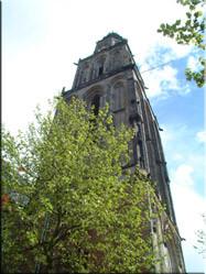 Een bezoek aan de 96 meter hoge Martinitoren biedt een heel mooi uitzicht over de stad. Wel eerst even de trap op.