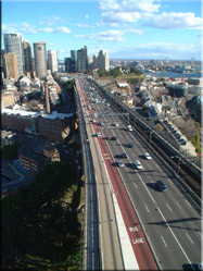 Highway vanaf de Harbour Bridge