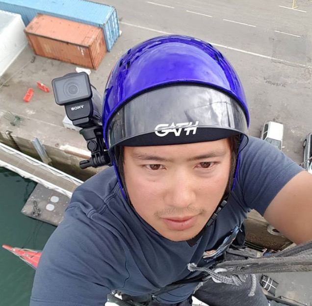 On the Mast Top for a climbing exercise
