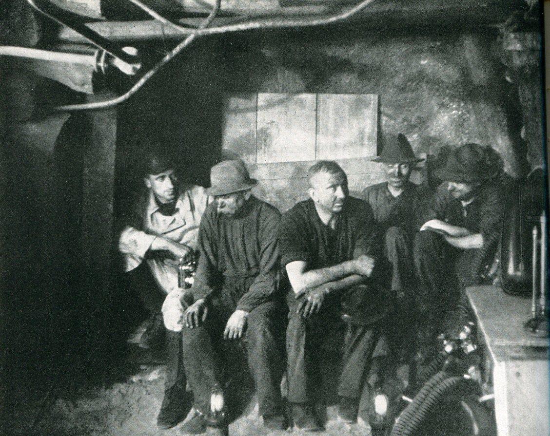 Grubenwehr Hibernia in Bereitschaft   1942