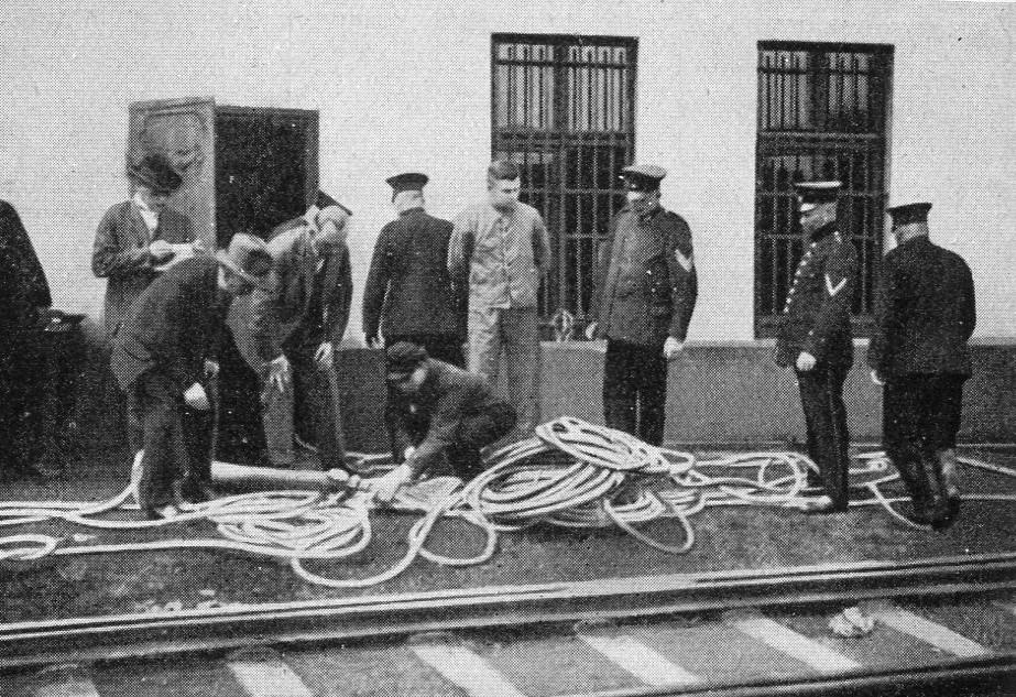 Versuche mit Injektor-Schlauchgerät    1929