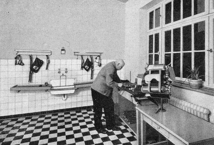 Gerätewerkstatt und Gerätewäsche