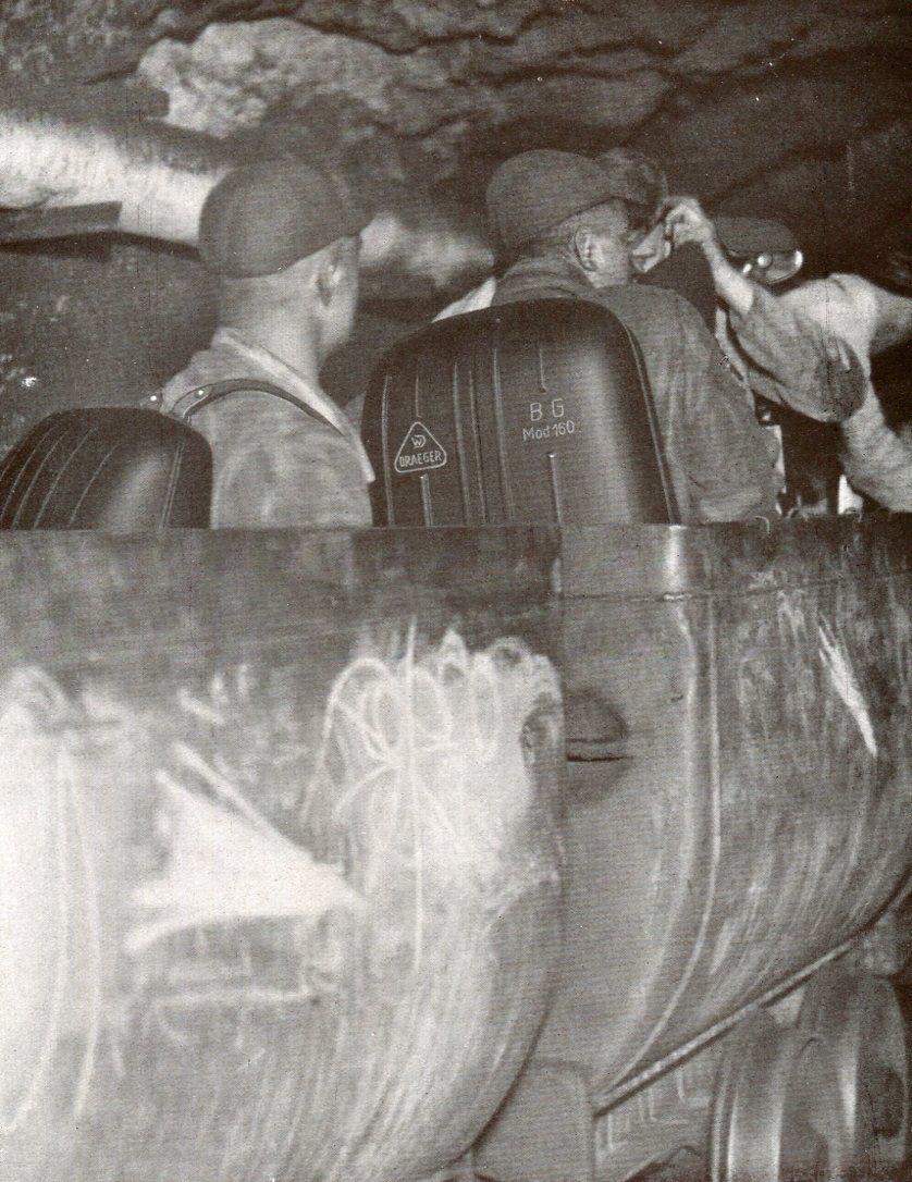 Personenzug  für Grubenwehrmänner mit BG-Modell 160