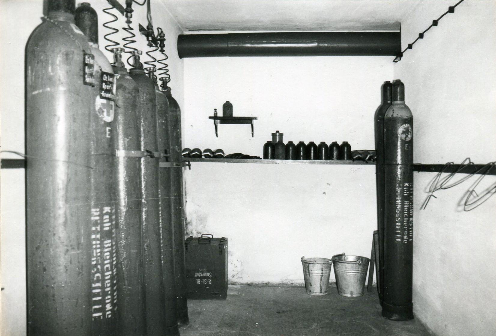 O² Vorratsraum im Keller der Grubenrettungsstelle