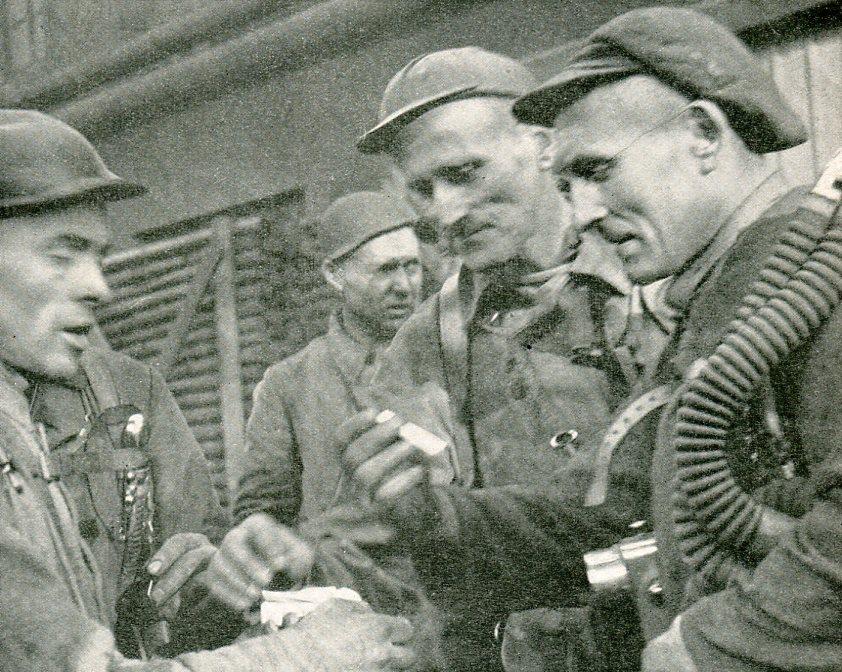 Rettungstrupp Kaiserstuhl 1   1943