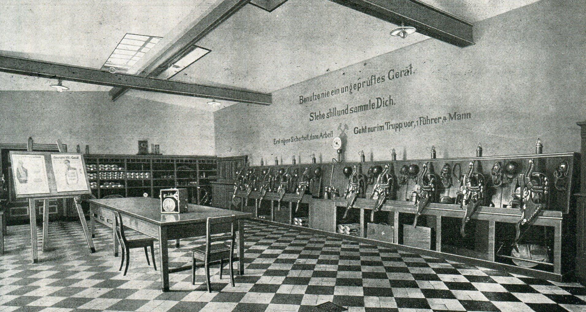 Hauptrettungsstelle Grube Maria in Mariadorf/ Aachen  1928
