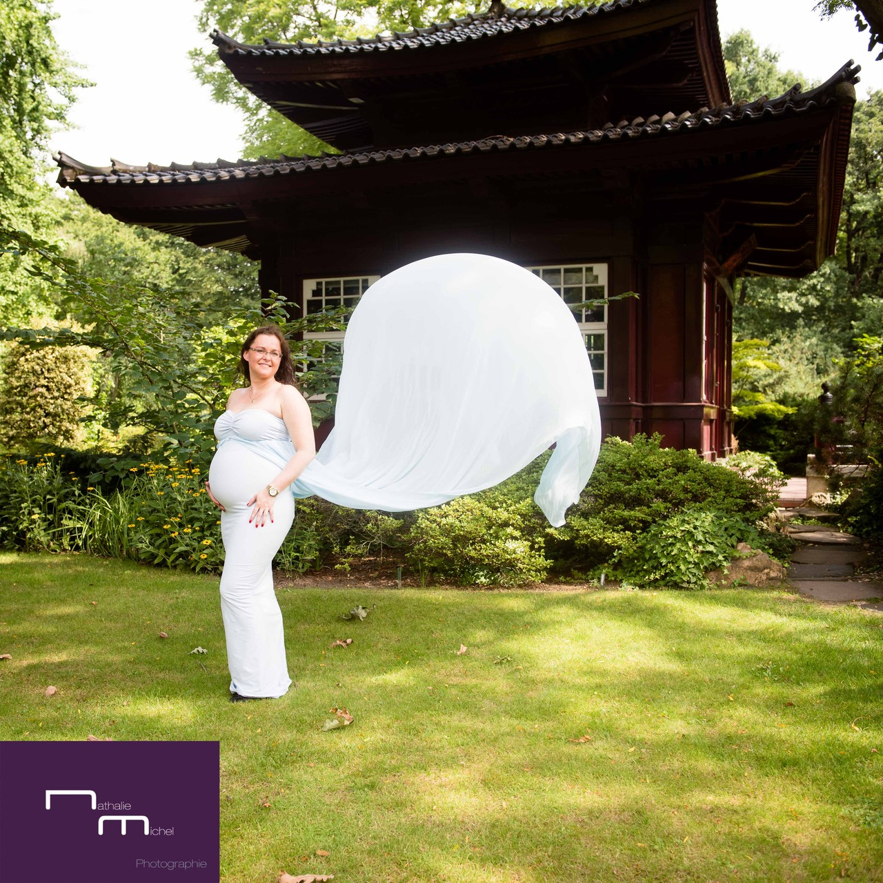 Babybauch Shooting Im Japanischen Garten In Leverkusen