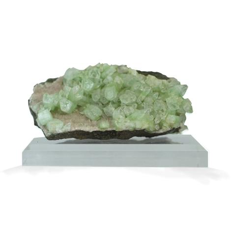Hellgrüne Kristalle sind ein frischer Wohnakzent!