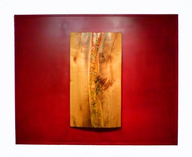Herbst     2012    120 cm x 80 cm mit Hintergrund 160 cm x 200 cm    historische Eiche / diverse Naturmaterialien / Farbpigmente / Harze