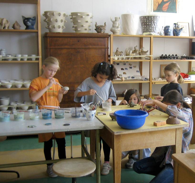 Fäger Kinderkurse 07-11 / Engobieren 1