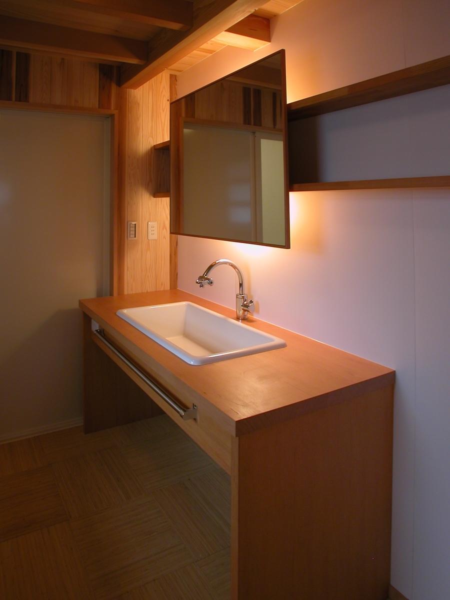 高田の家(長野市)-洗面脱衣室