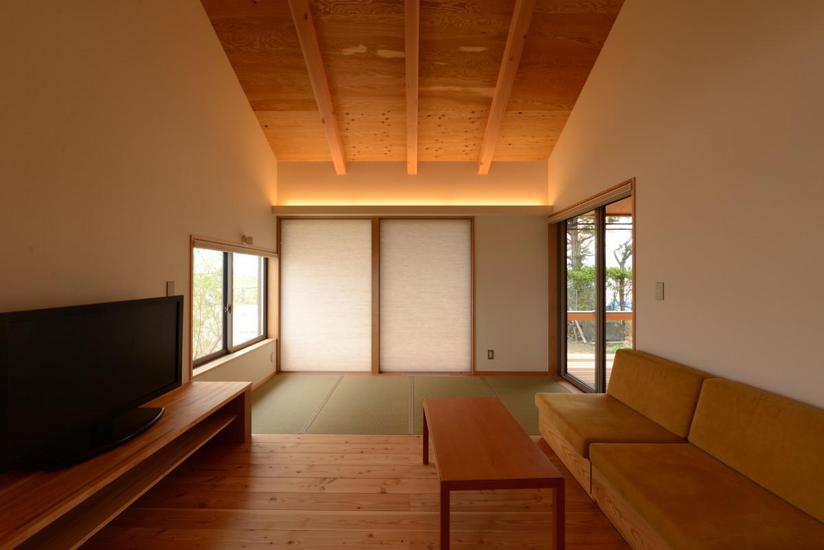 島立の家Ⅱ(松本市)食堂~居間