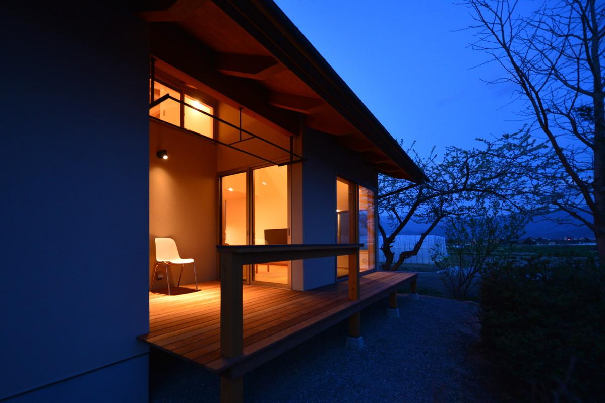 島立の家Ⅱ(松本市)-夕景