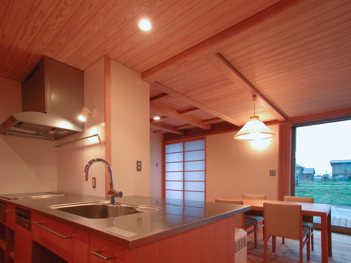 和田の家(松本市)-台所・食堂~小上り