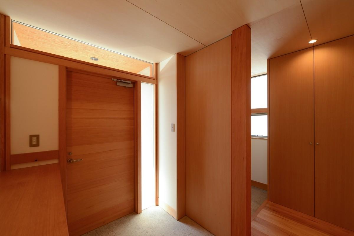 南穂高の家Ⅱ(安曇野市)-玄関・家族用玄関