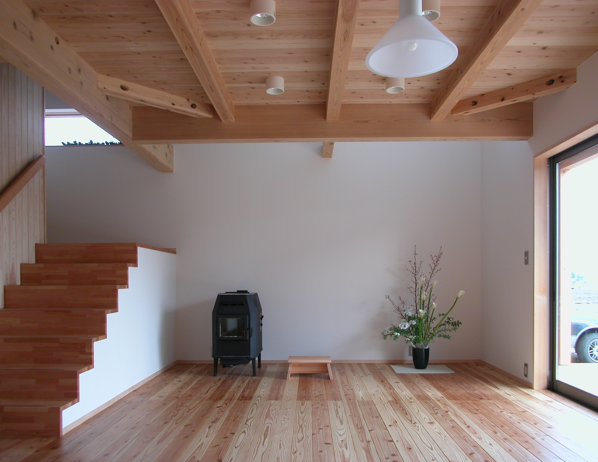 堀金の家Ⅰ(安曇野市)‐居間食堂