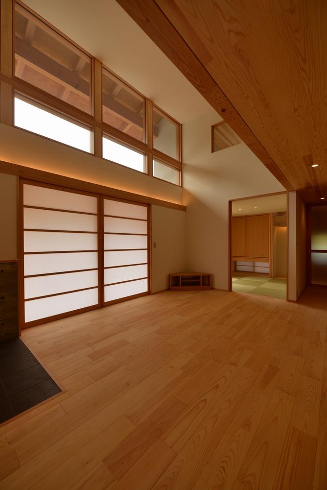 三郷の家Ⅲ(安曇野市)-居間|室内建具