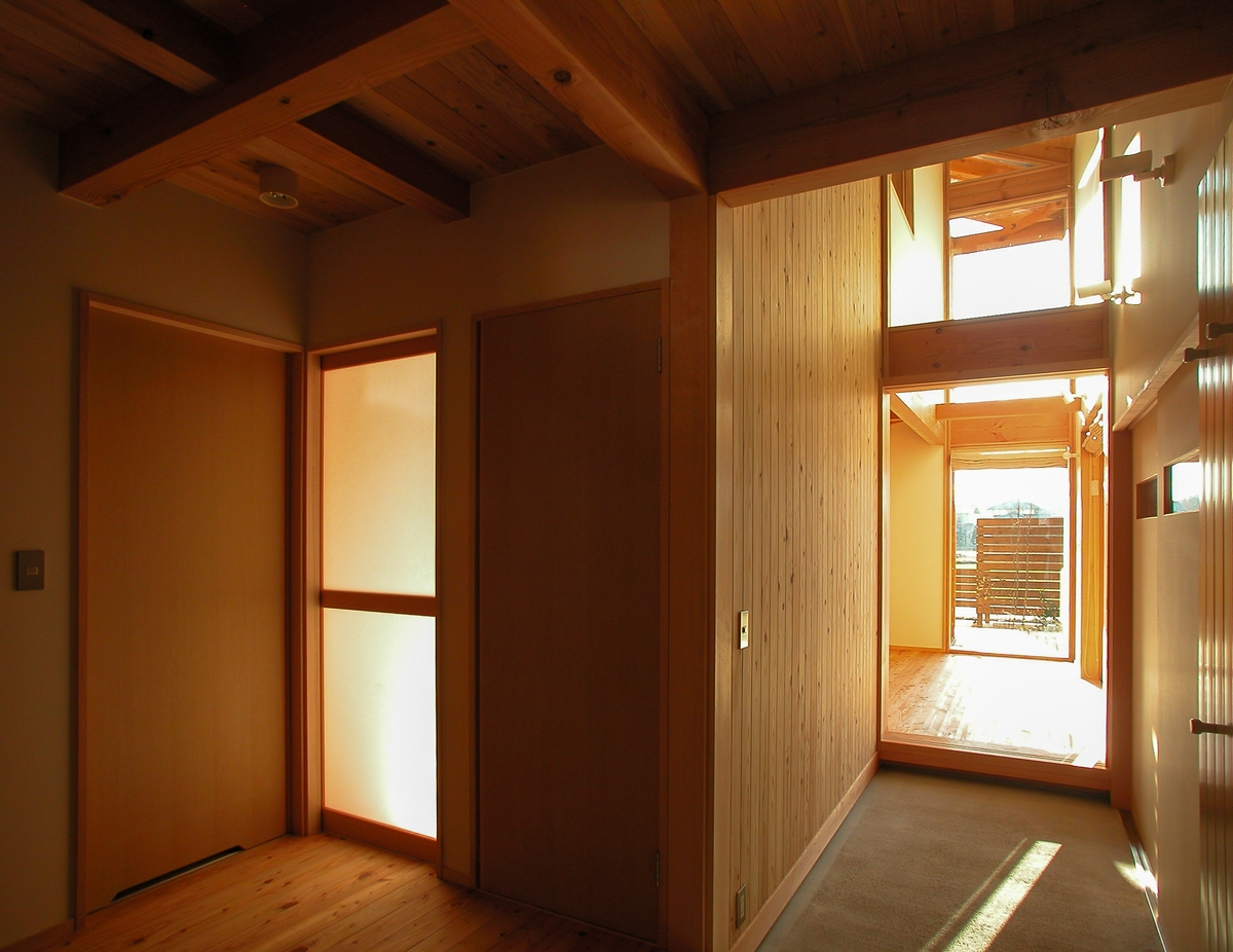 梓川の家Ⅰ(松本市)-玄関通り土間