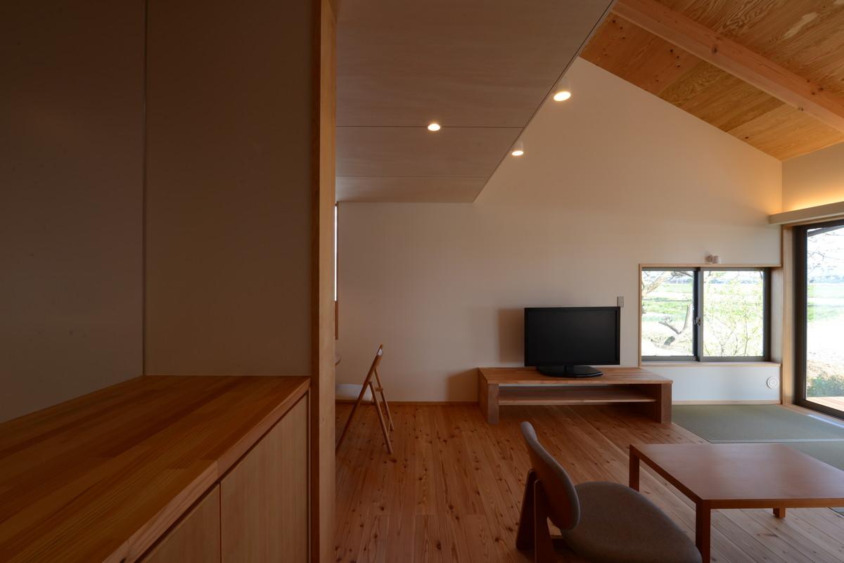 島立の家Ⅱ(松本市)居間