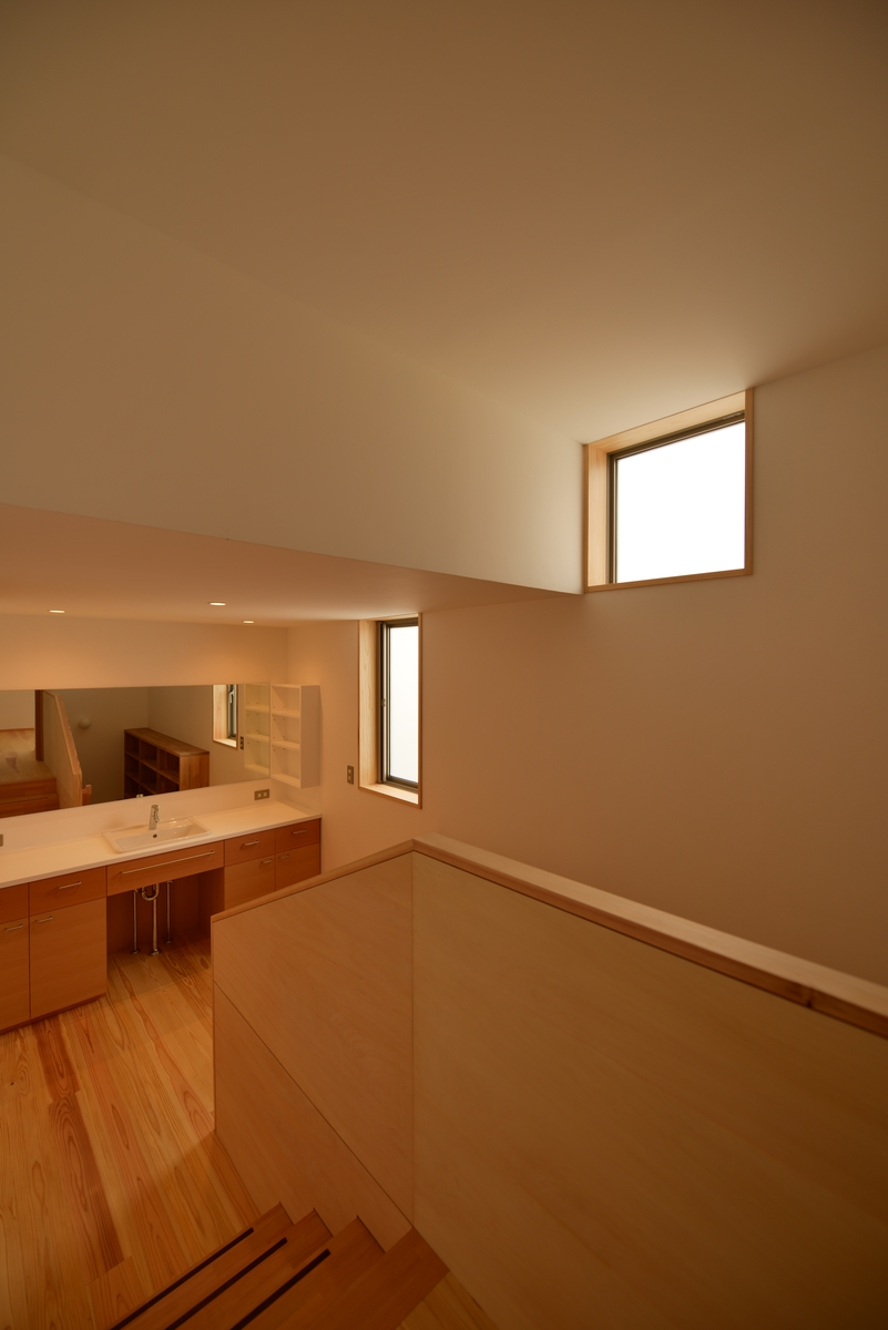 吉田の家(長野市)・リノベーション|2階階段室
