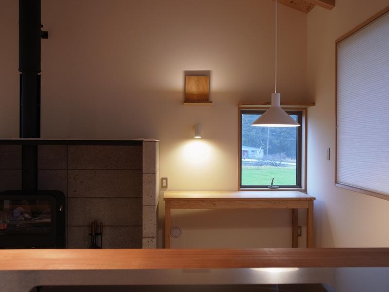 長野県 松本市 建築家 news設計室 丸山和男 完成見学会 オープンハウス 住宅設計 薪ストーブ 猫と暮らす家