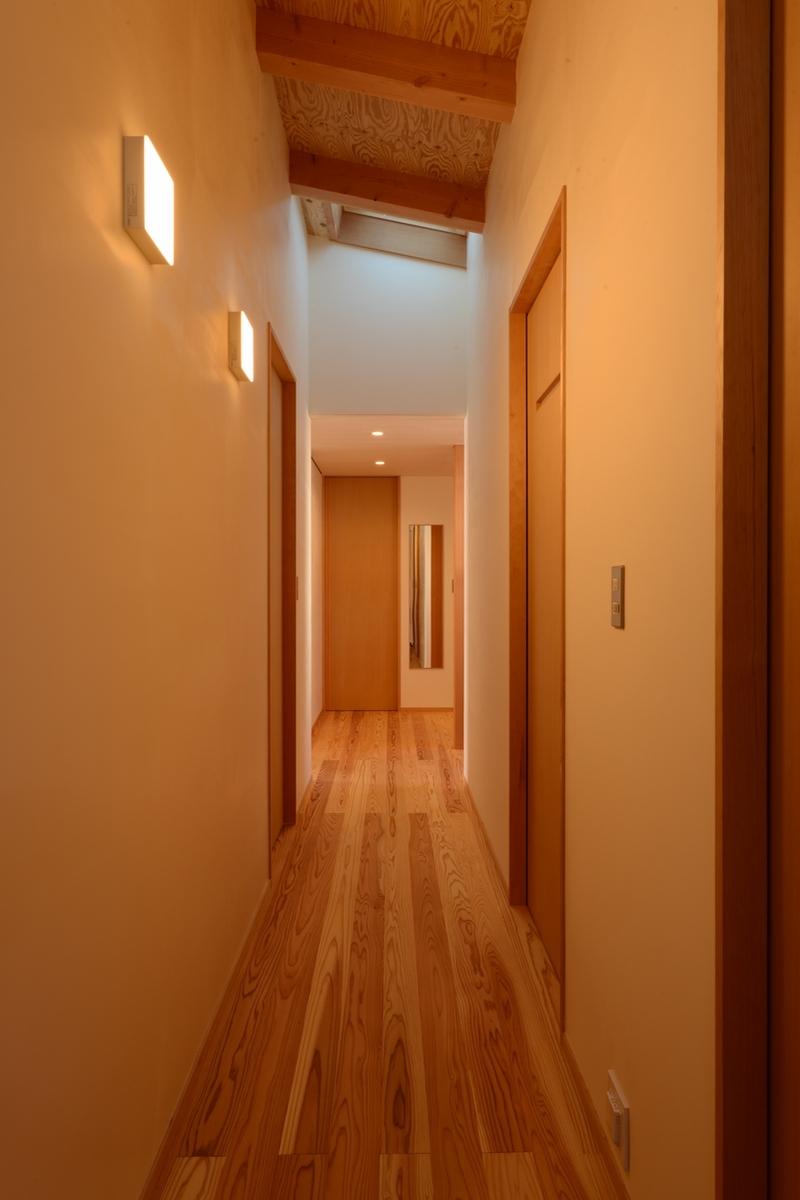 明科光の家(安曇野市)-廊下