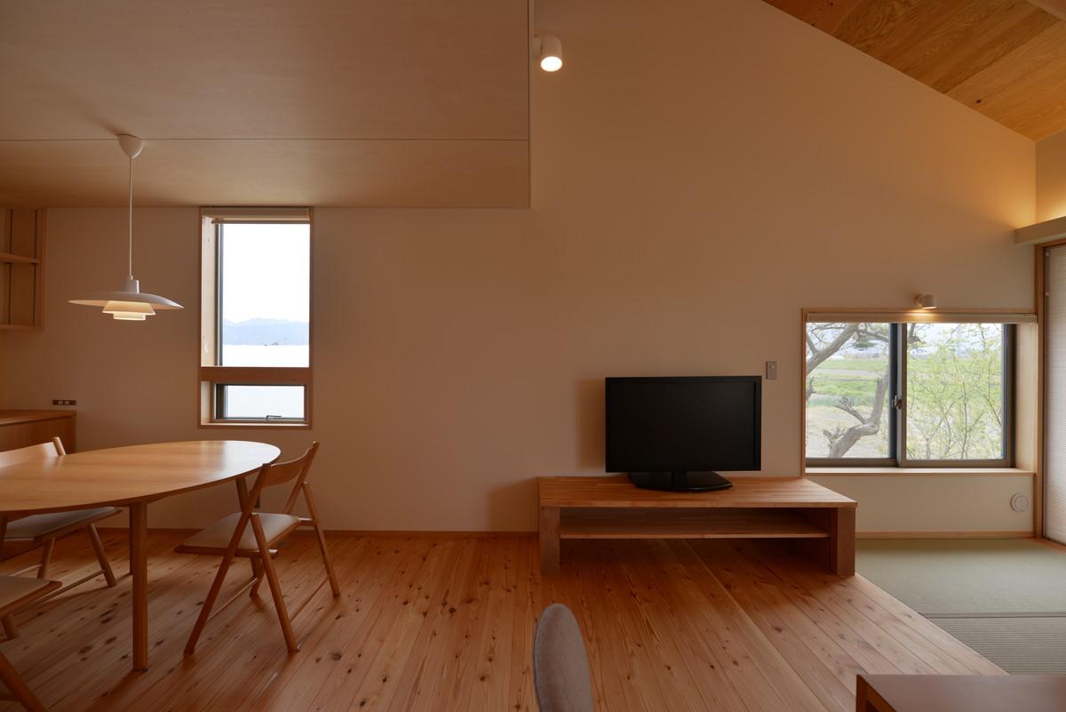 島立の家Ⅱ(松本市)食堂・居間
