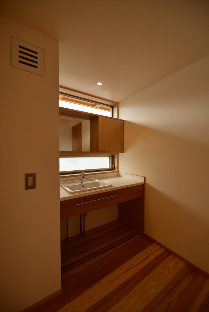 島内の家(松本市)-2階洗面