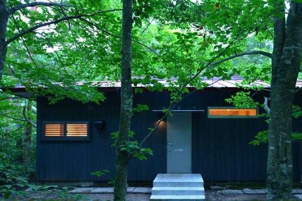 駒ヶ根山荘(駒ヶ根高原)デッキ 長野県 建築家]別荘 リノベーション