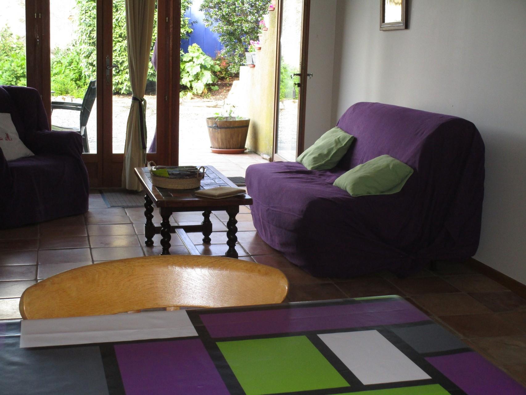 coin salon, Gîtes et chambre d'Hôtes Peyrecout Tarn Cordes Albi