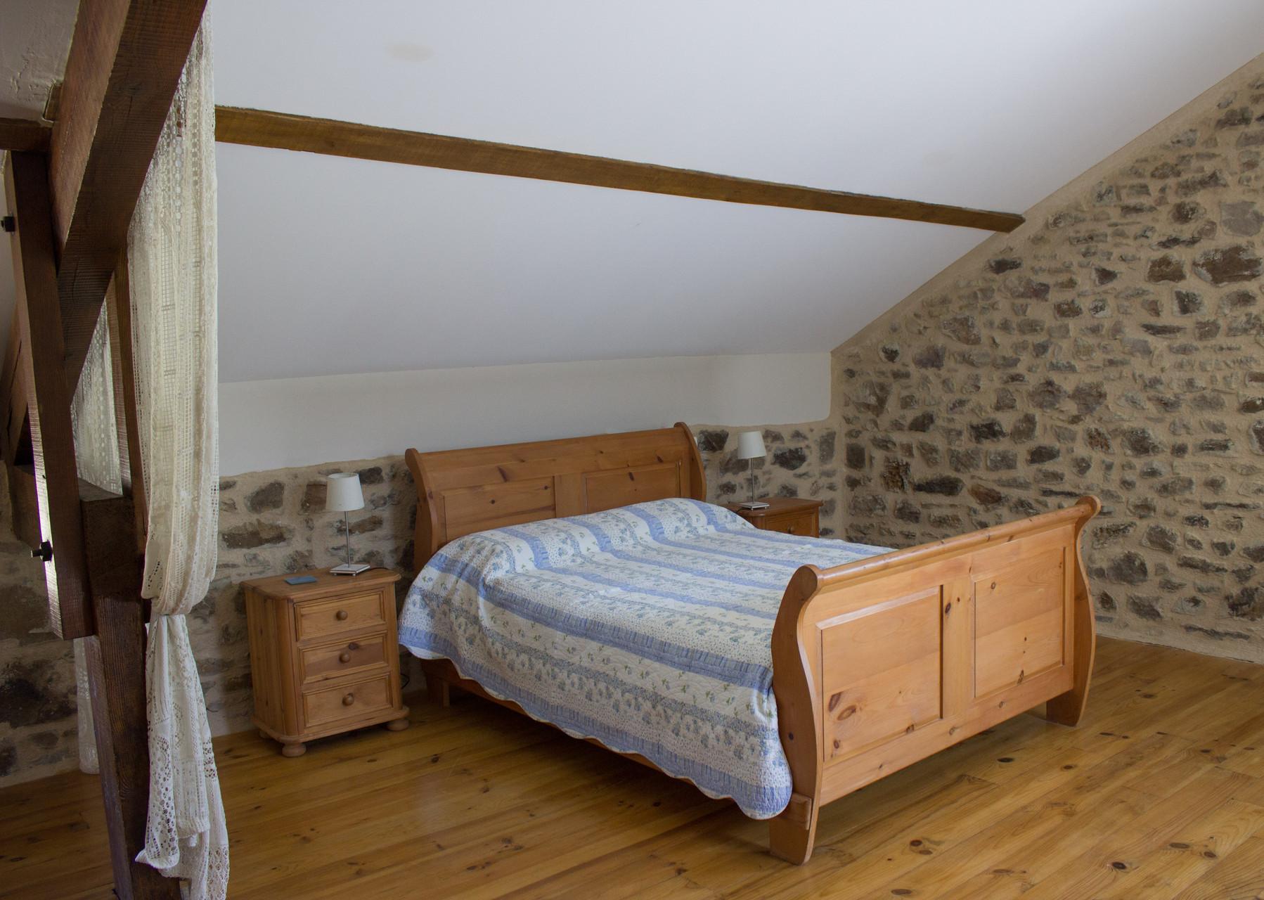 grande chambre 1er étage , Gîtes et chambre d'Hôtes Peyrecout Tarn Cordes Albi