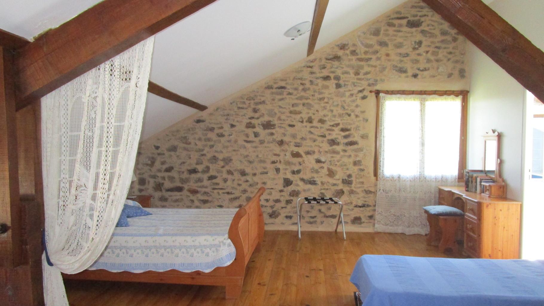chambre du haut, Gîtes et chambre d'Hôtes Peyrecout Tarn Cordes Albi