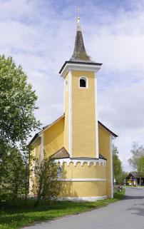 Das romanische St. Rupertus-Kircherl in Bruck