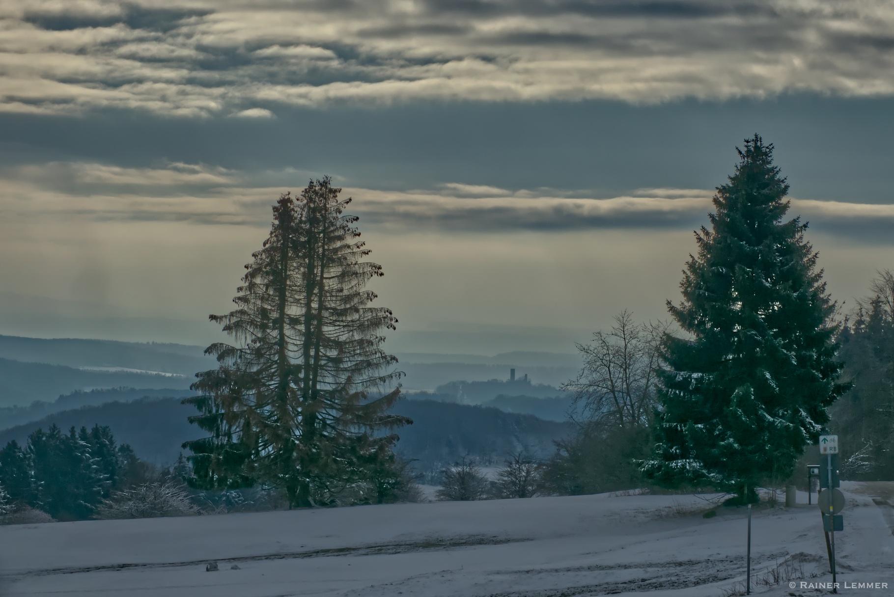 13 km Eisige Aussichten - Wanderung zum Knoten & zum größtem Wasserfall im Westerwald