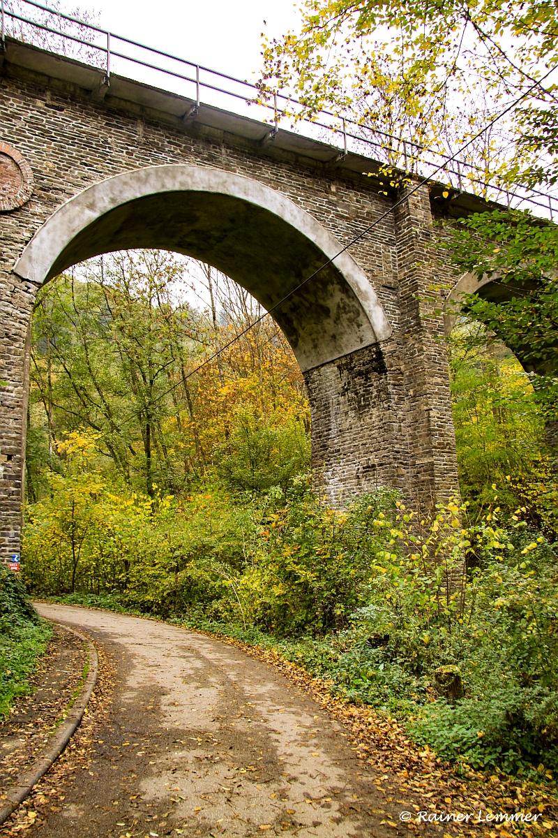 Brexbach Bahn Viadukt