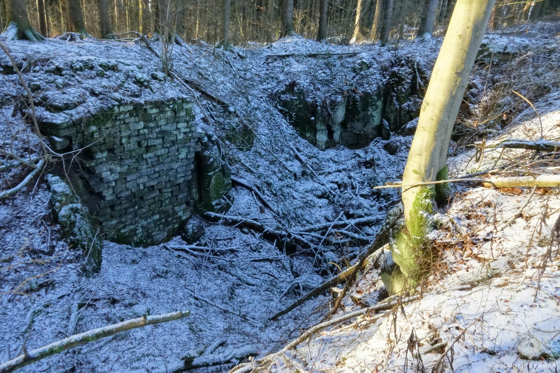 Alter Basaltabbau bei Wölferlingen