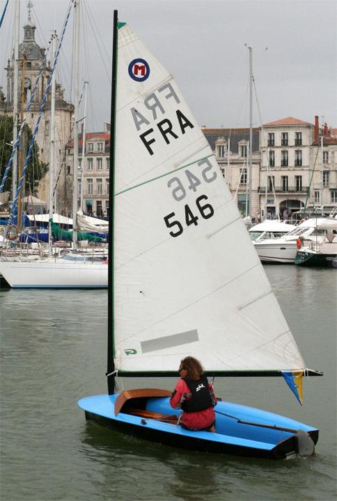 Le Moth Lanaverre dans le vieux port de La Rochelle