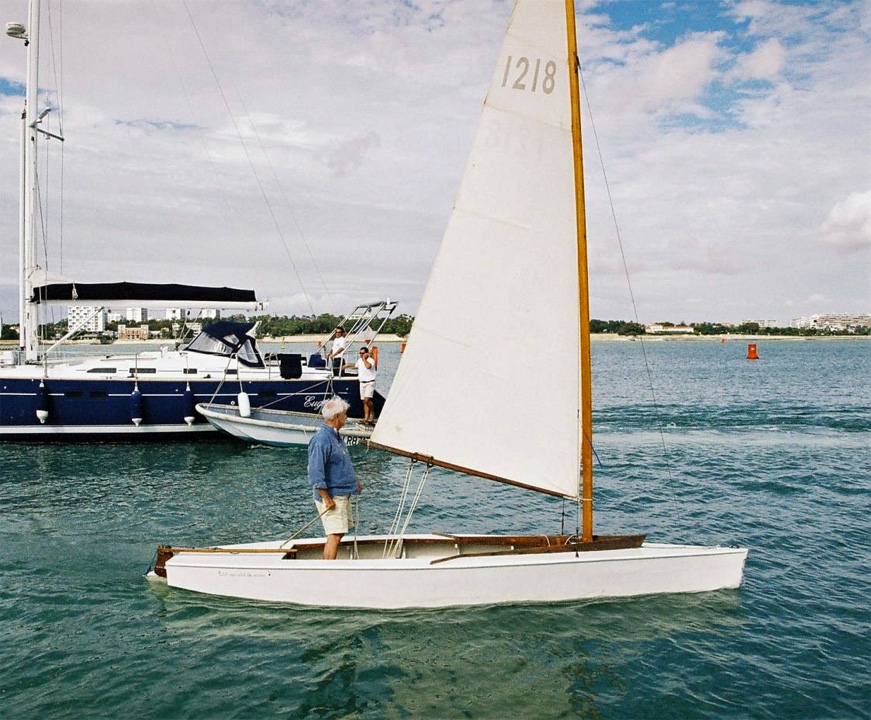 Sharpie 9m² en navigation à La Rochelle