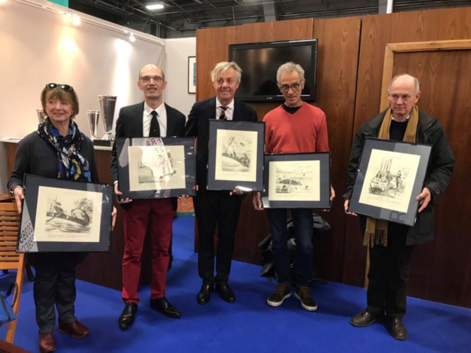 De gauche à droite, Marie Guélain (AAMMLR), Philippe Cloarec (Vieux Safrans d'Annecy), Philippe Héral (Yacht Club de France), Marc Tourneux (Rendez-vous de l'Erdre) et Philippe Monmoton (Yacht club de l'Odet)