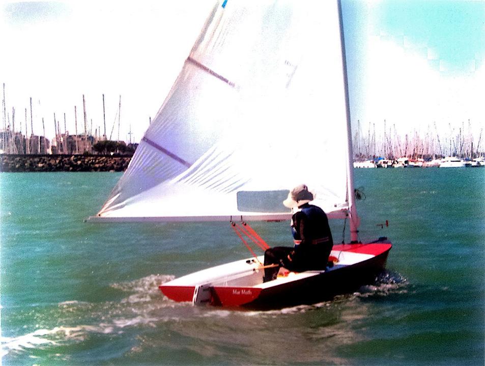 Moth Europe en navigation devant le port des Minimes