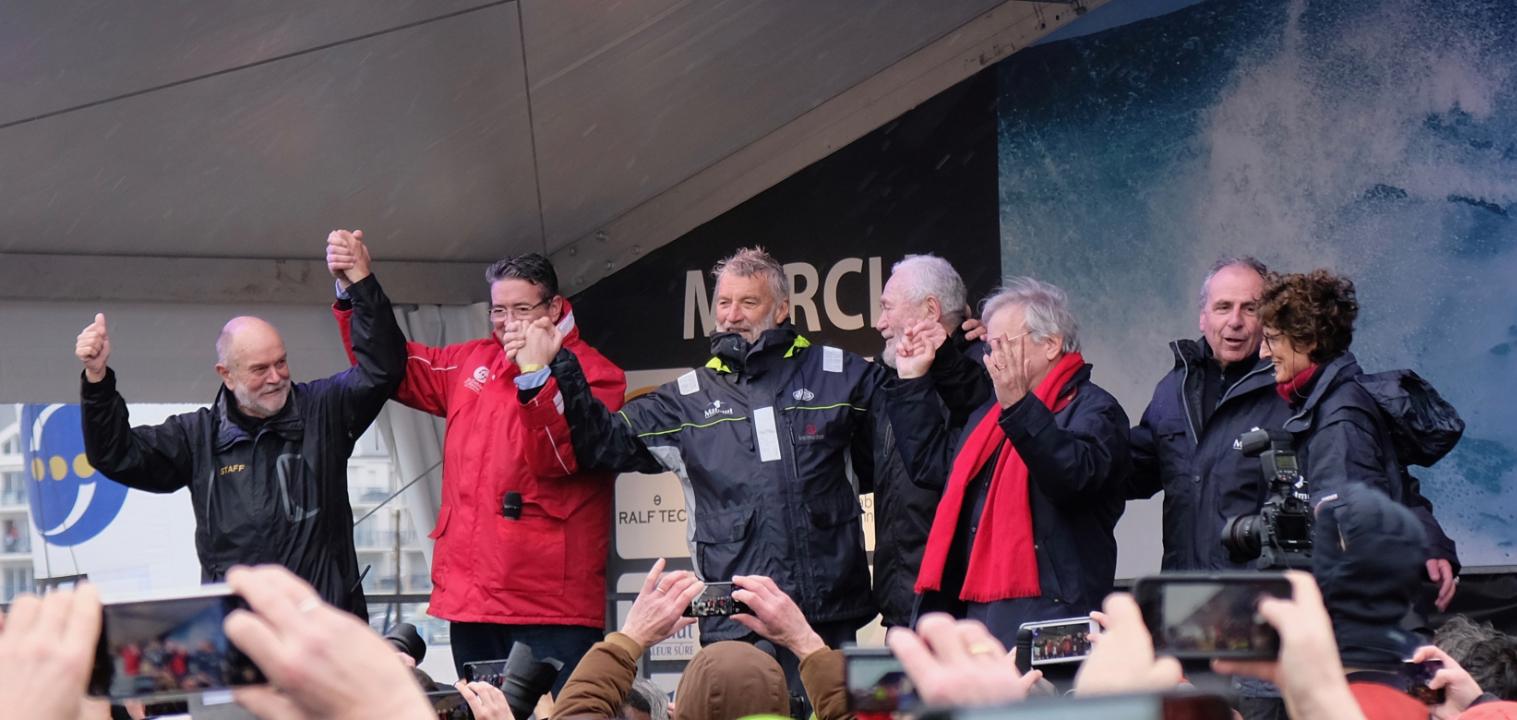 Tout à gauche Don Mc Intyre, VDH et à droite Sir Robin Knox Johnston