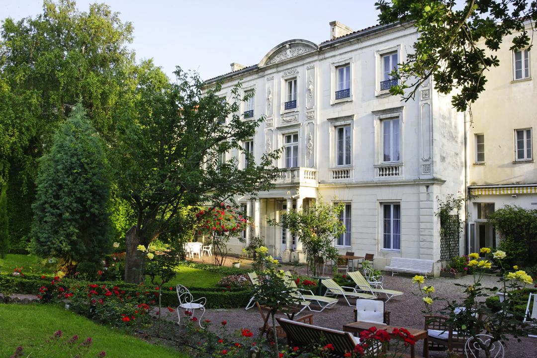 Hôtel Le Champlain, côté jardin