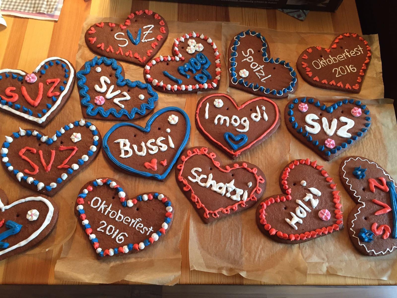 Zum Oktoberfest 2016 gab es bei der SpVgg Ziegetsdorf ganz besondere Leckereien, hergestellt durch unsere Damen- und Mädchenmannschaften