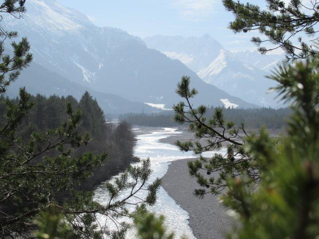©a.Kirchbichler_Fluss_Berge