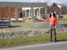Mag. Julia Gruber begleitet den Neubau eines Gewerbegebäudes im BGLD