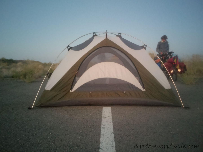 Zelten auf einer ehemaligen Rennstrecke