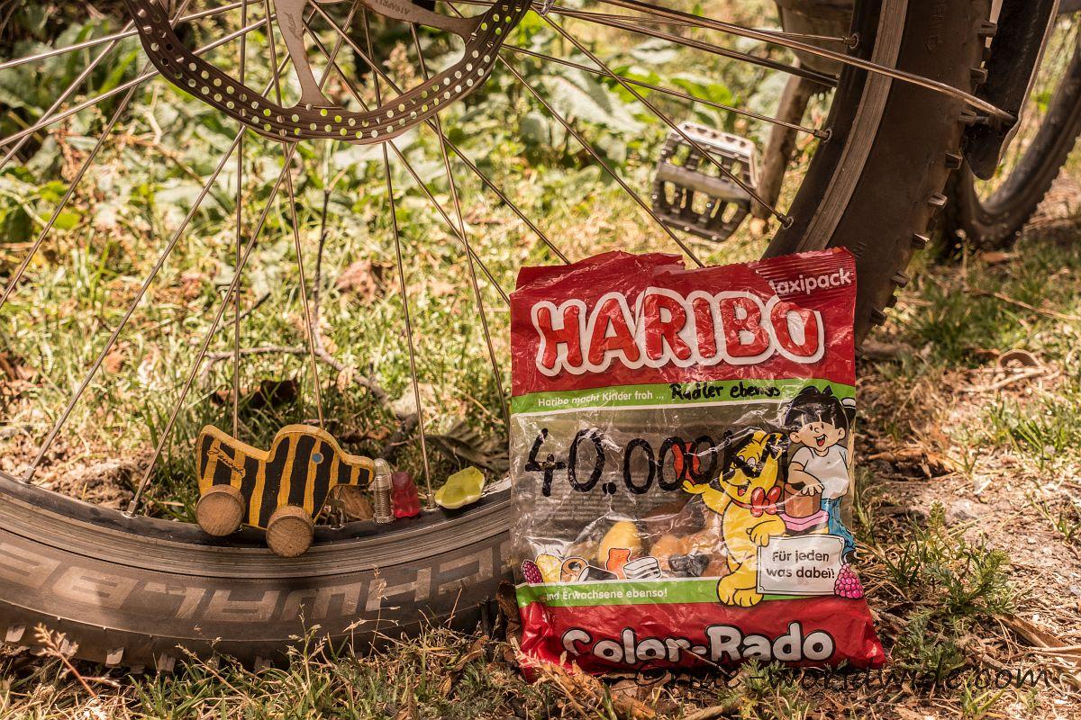 Haribo macht Kinder froh und Radler ebenso... 40.000km...leider ist die Tüte viel zu schnell alle